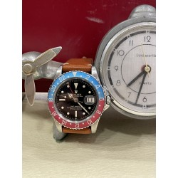 Rolex GMT Pepsi Réf 1675 Gilt Chapter Dial